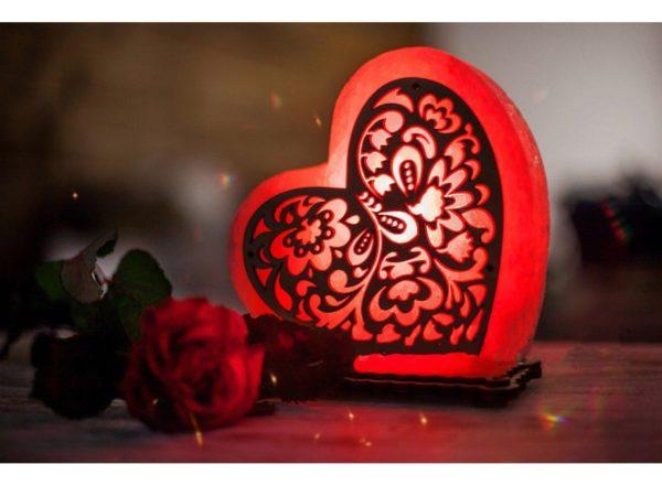 "Соляна лампа "" Серце з візерунком щастя"""